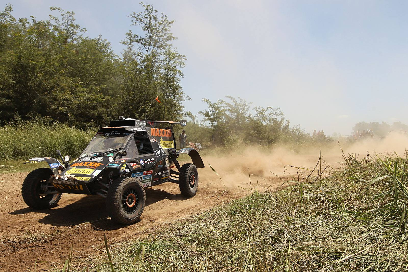 Tim en Tom Coronel in de Dakar rally
